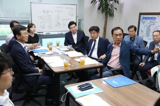 원유철 정책협의회2.jpg