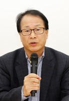 평택로컬포럼3 박성복_평택시사신문 사장 좌장.JPG
