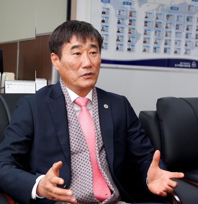 인터뷰 박종선 메인.JPG
